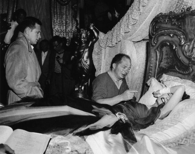William Holden, Wilder, and Gloria Swanson making 'Sunset Boulevard' (1950)