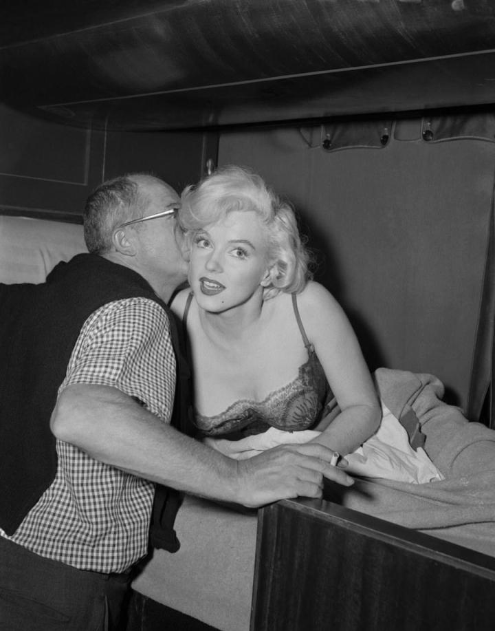 Wilder Directs Marilyn Monroe 'Some Like it Hot' (1959)