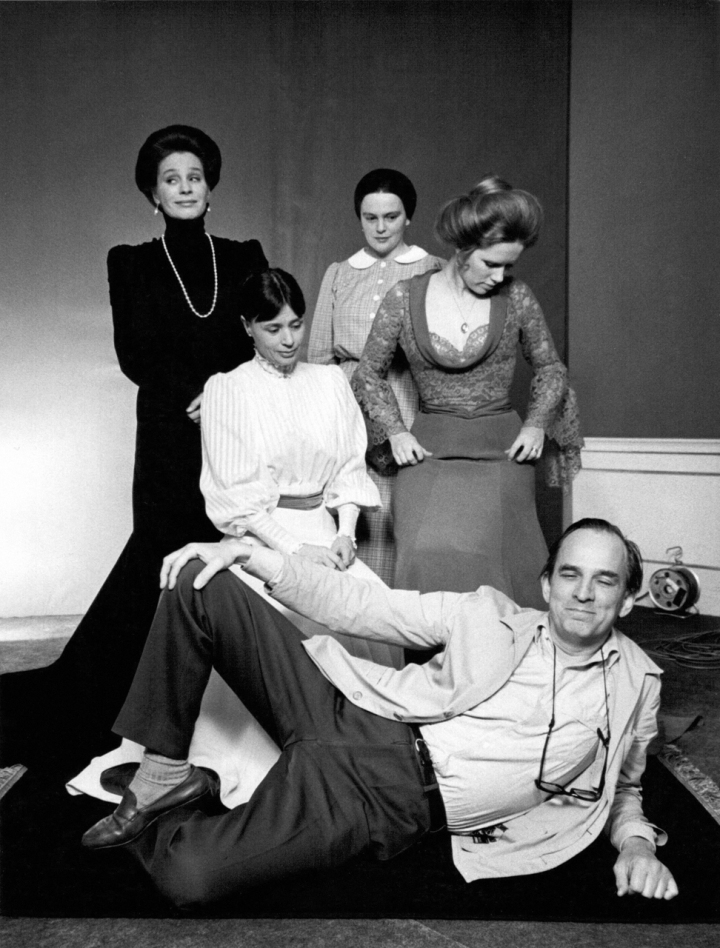 Bergman with Ingrid Thulin, Kari Sylwan, Harriet Andersson, and Liv Ullmann 'Cries and Whispers' (1972)