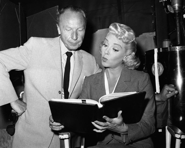 Sirk & Lana Turner Making 'Imitation Of Life' (1959)