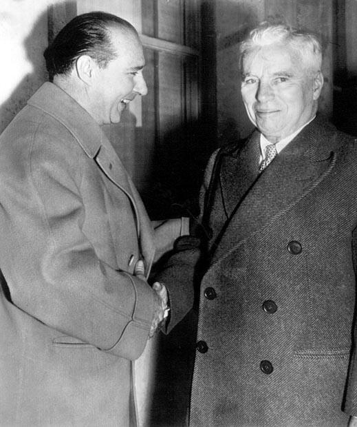 Roberto Rossellini Meets Charlie Chaplin in 1952