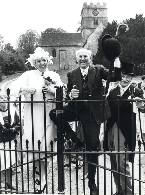 Thelma Schoonmaker & Michael Powell on their wedding day, 1984