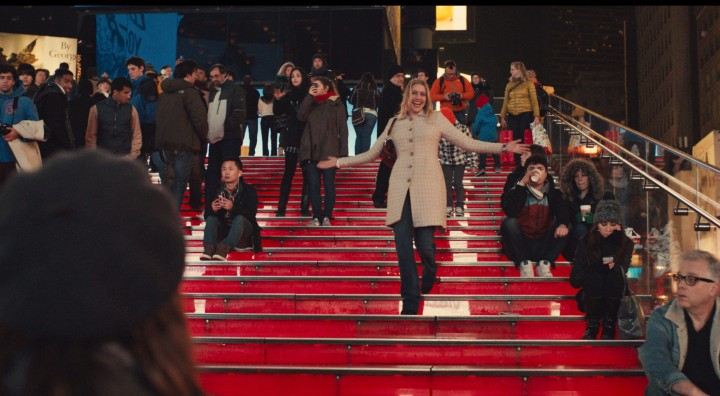 "This photo provided by Fox Searchlight Pictures shows, Greta Gerwig, center, as Brooke, in a scene from ""Mistress America."" (Fox Searchlight Pictures via AP)"