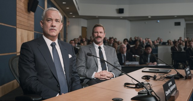 "TOM HANKS as Chesley ""Sully"" Sullenberger and AARON ECKHART as Jeff Skiles in Warner Bros. Pictures' and Village Roadshow Pictures' drama ""SULLY,"" a Warner Bros. Pictures release. © 2016 WARNER BROS. ENTERTAINMENT INC., VILLAGE ROADSHOW FILMS NORTH AMERICA INC. AND RATPAC-DUNE ENTERTAINMENT LLC - U.S., CANADA, BAHAMAS & BERMUDA © 2016 WARNER BROS. ENTERTAINMENT INC., VILLAGE ROADSHOW FILMS (BVI) LIMITED AND RATPAC-DUNE ENTERTAINMENT"